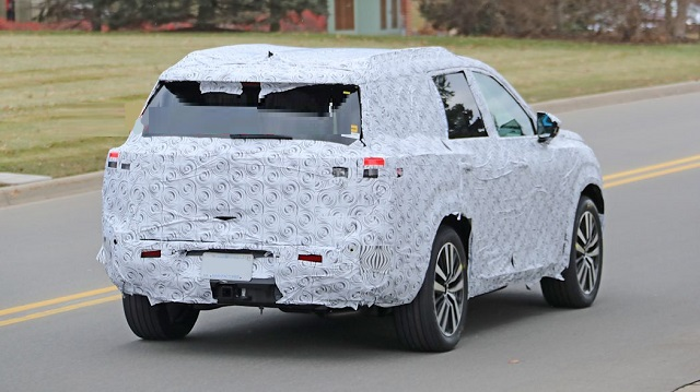 2021 Nissan Pathfinder spy photos