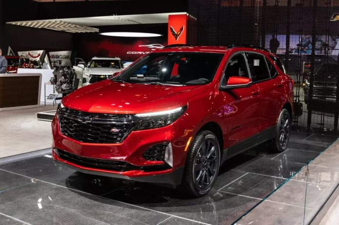 2022 Chevy Equinox Chicago auto show debut