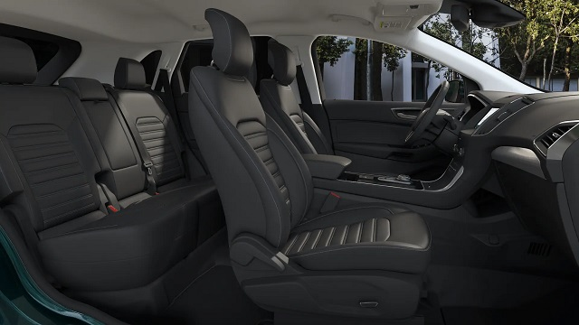2021 Ford Edge two row interior