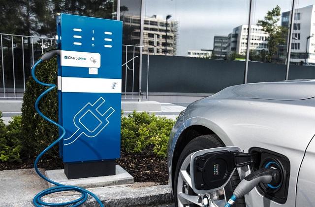 2022 Lamborghini Urus Plug-in Hybrid