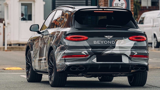 2021 Bentley Bentayga spy photos
