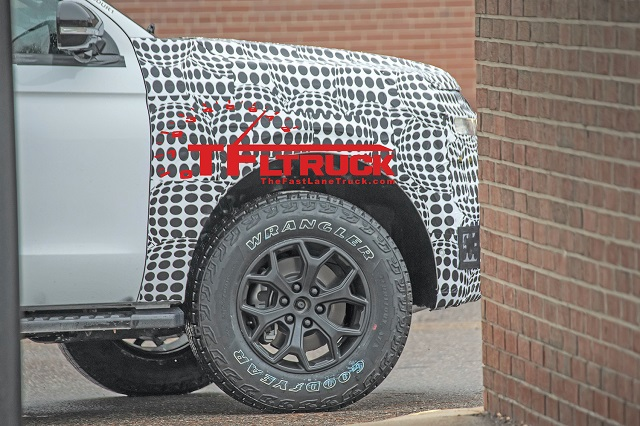 2022 Ford Expedition spy shots