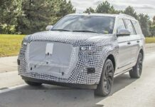 2022 Lincoln Navigator electric