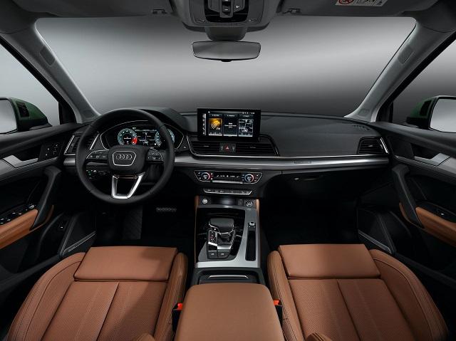 2022 Audi Q5 interior