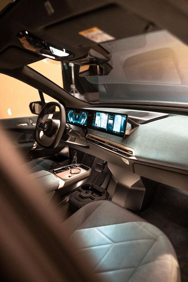 2022 BMW X1 new interior