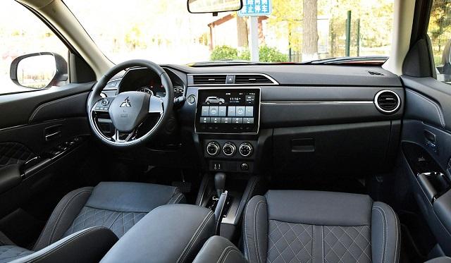 2022 Mitsubishi ASX interior