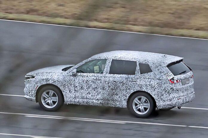 2023 Honda CR-V spy photos