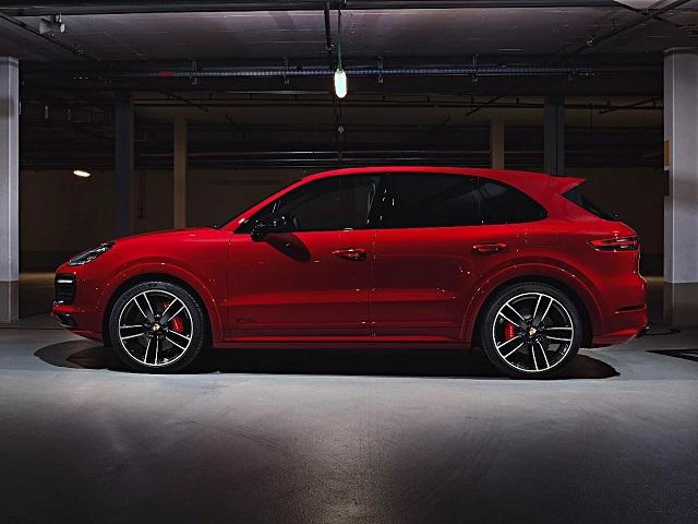 2023 Porsche Cayenne gts