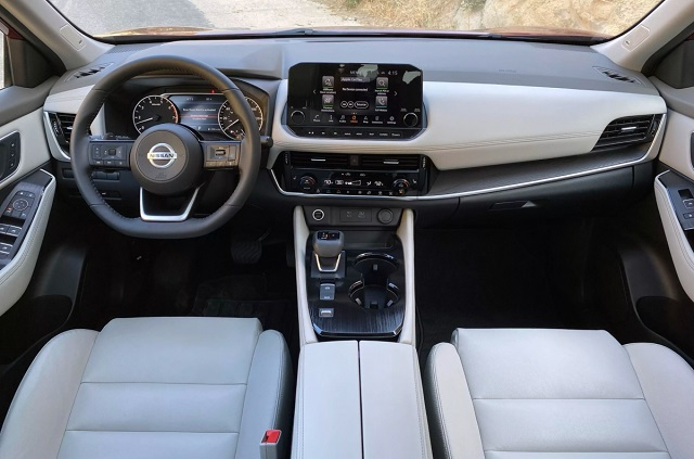 2023 Nissan Rogue interior